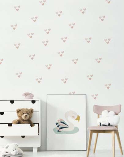 Estancia decorada con los vinilos decorativos infantiles de corazones imperfectos rosa